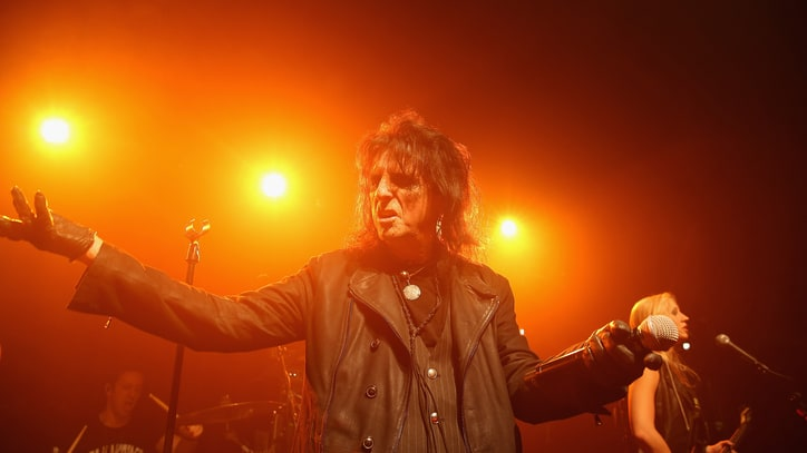 See Alice Cooper's Original Lineup Play Gritty 'No More Mr. Nice Guy'