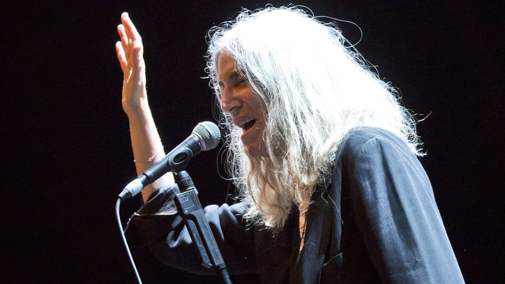 Fan Returns Stolen Patti Smith Items to Singer Decades Later