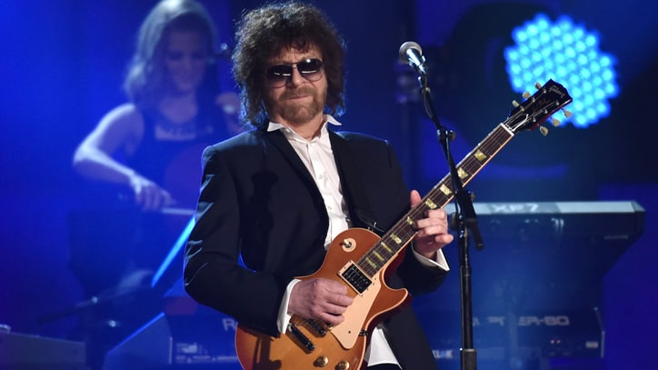 Hear Electric Light Orchestra's Reggae-Tinged 'When the Night Comes'