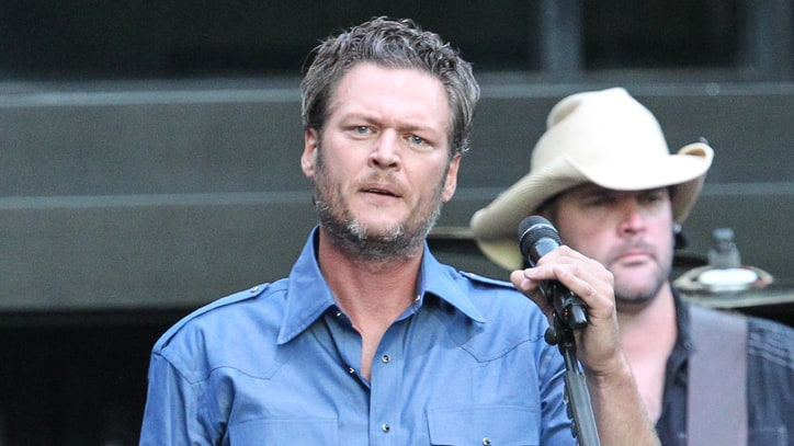 Blake Shelton Sues Tabloid Over Rehab Story