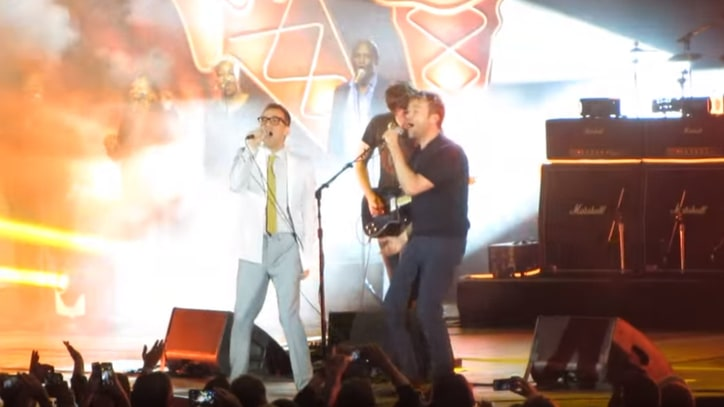 Watch Blur Recruit Fred Armisen for Live, Cali-Themed 'Parklife'