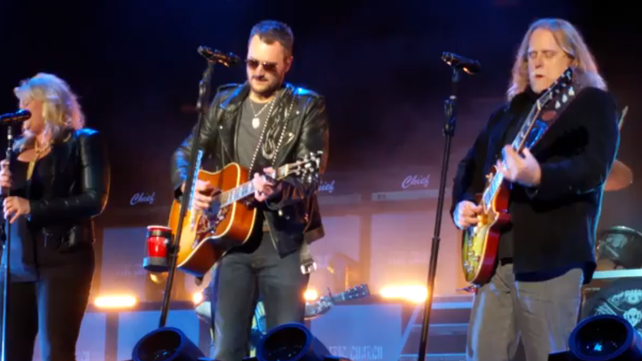 Watch Eric Church and Warren Haynes Duet on 'The Weight'