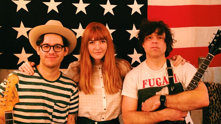 How Ryan Adams' Bromance Led to '1989' Cover, 'Classic' La Sera LP