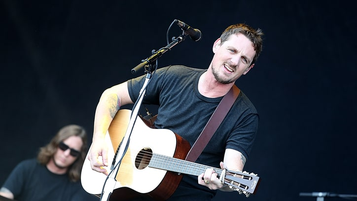 See Sturgill Simpson Cover Orbison and Zeppelin, Break Up Fan Fight