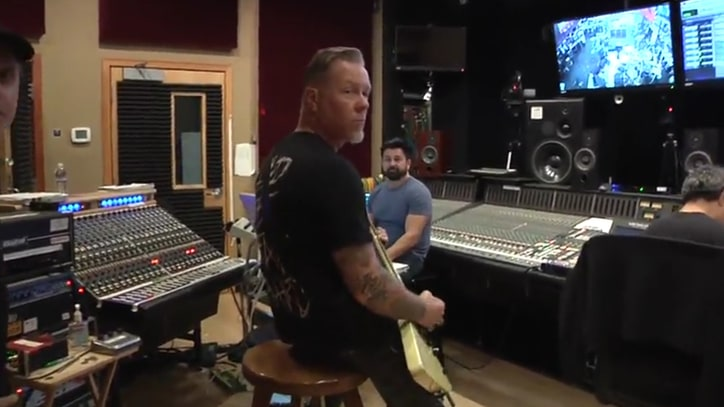 See James Hetfield Play Crushing New Metallica Riff in Studio