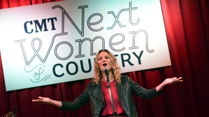 Jennifer Nettles, CMT Champion the Next Women of Country
