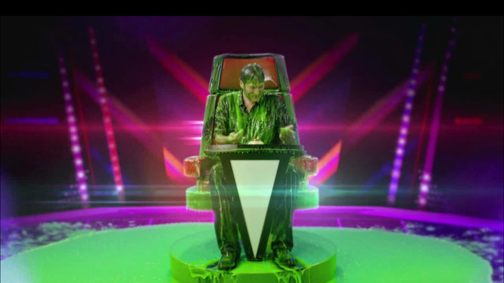 See Blake Shelton Get Slimed During Kids' Choice Awards Announcement