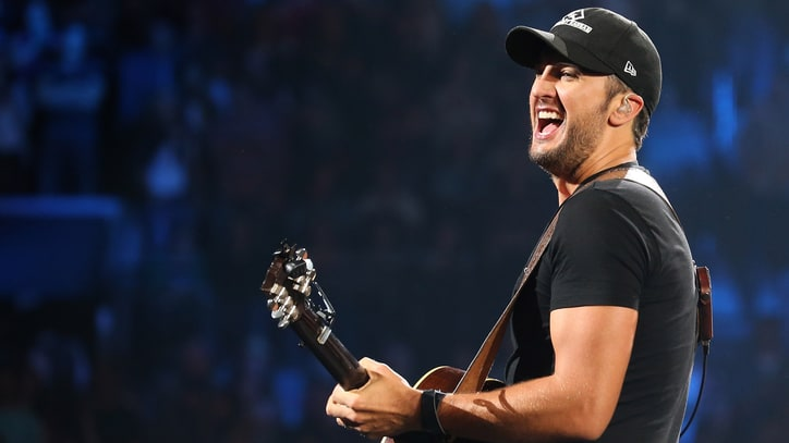 CMT's 'Artists of the Year' to Honor Luke Bryan, Sam Hunt