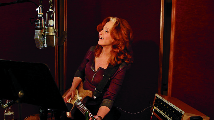 Bonnie Raitt Preps Personal New LP: 'I Had a Lot of Loss'