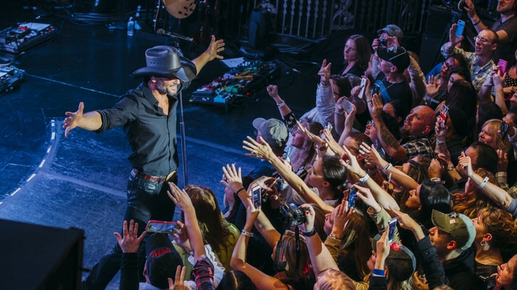 Tim McGraw Brings 'Damn Country' to the Big City: Our Best Photos