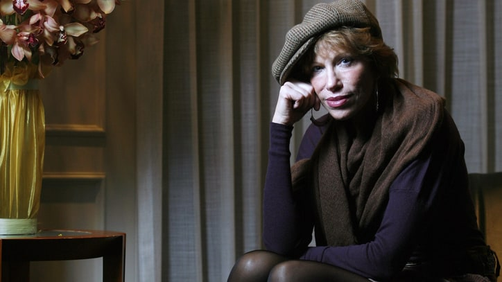 Carly Simon Reveals Childhood Sexual Abuse