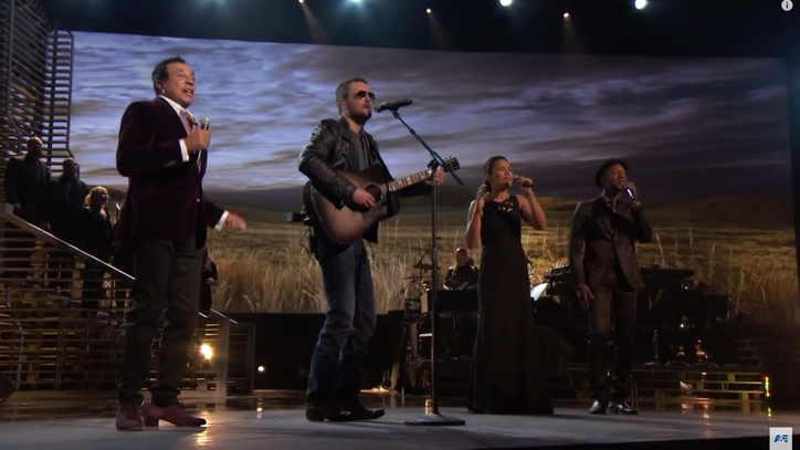 See Eric Church, Smokey Robinson Team Up at 'Shining a Light' Concert