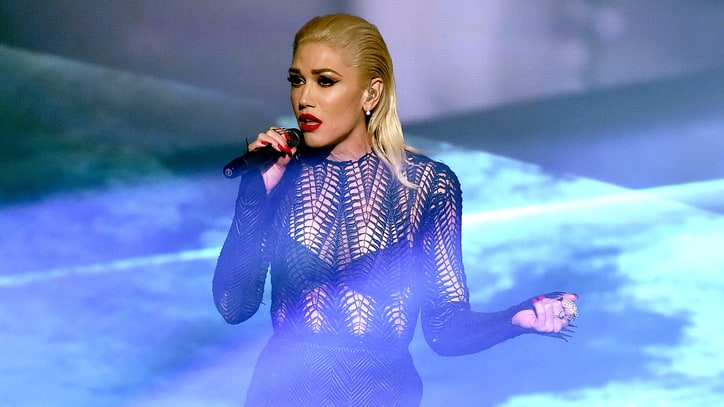 Watch Gwen Stefani Belt 'Used to Love You' at 2015 AMAs