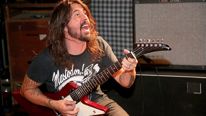 Foo Fighters Drop Surprise Free EP 'Saint Cecilia'