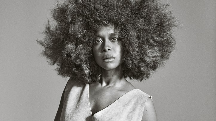 Erykah Badu Builds on 'Hotline Bling' Cover With Phone-Themed Mixtape