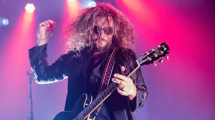 My Morning Jacket Pay Tribute to Eagles of Death Metal, Paris Victims