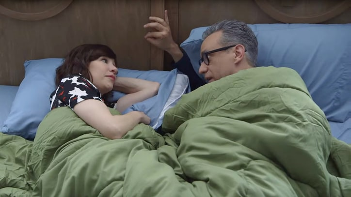 Watch Fred Armisen and Carrie Brownstein's Awkward 'Portlandia' Sex