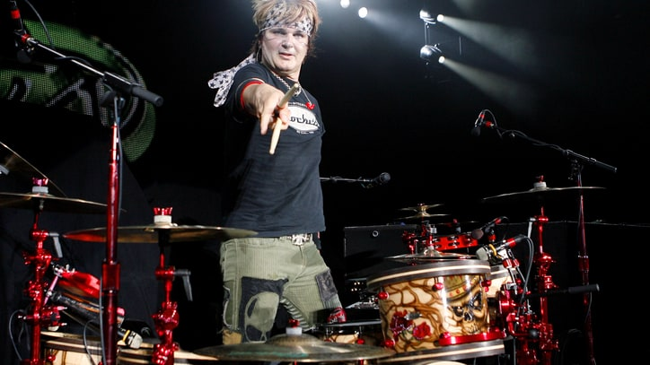 Poison's Rikki Rockett Reveals Cancer Battle