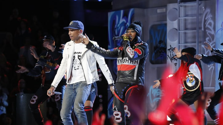 Missy Elliott, Pharrell Perform 'WTF' With Marionettes on 'The Voice'