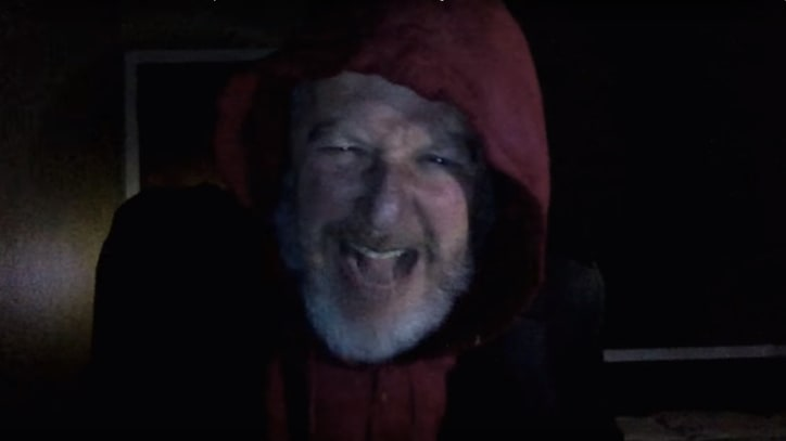 Daniel Stern Reprises 'Home Alone' Thief in Response to Macaulay Culkin Video
