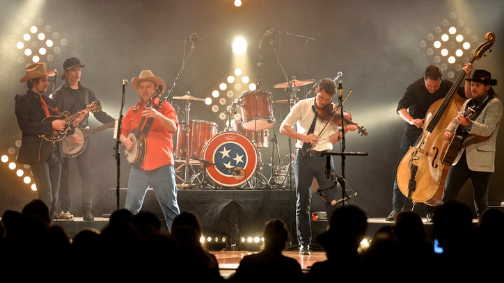 Old Crow Medicine Show to Stream Annual New Year's Show