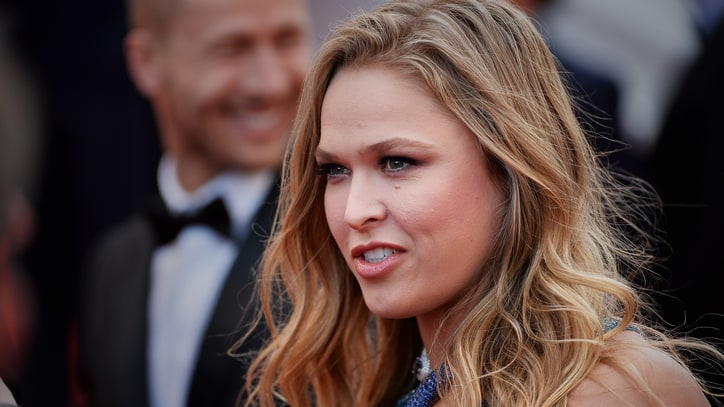 Ronda Rousey to Host 'Saturday Night Live'