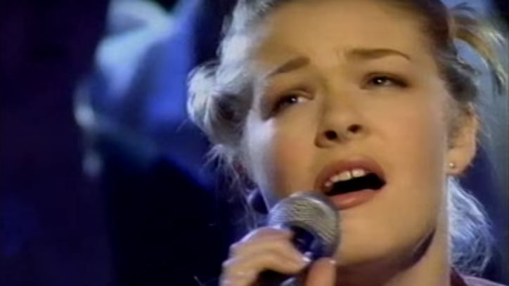 Flashback: See LeAnn Rimes Yodel on 'Top of the Pops'