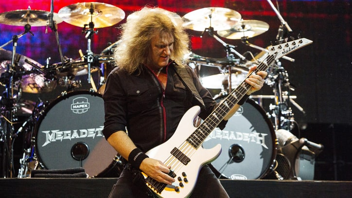 Hear Megadeth Shred Guitar on 'Dystopia' Title Track