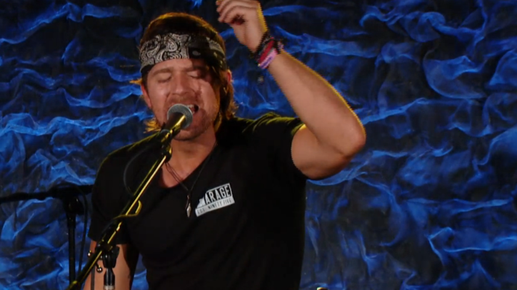 See Kip Moore's Raw 'Running for You' on 'Front and Center'