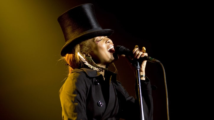 Erykah Badu on Covering Drake, Duetting With André 3000, Her New Mixtape