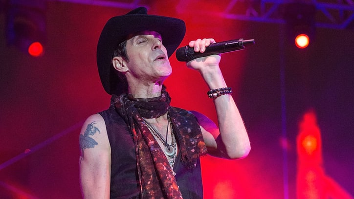 Perry Farrell: David Bowie Was 'On a Godlike Level'