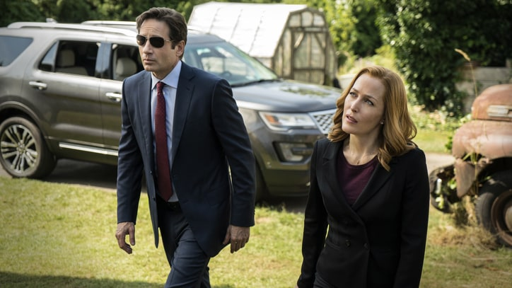 'The X-Files': Chris Carter on Bringing Back the Landmark Sci-Fi Show