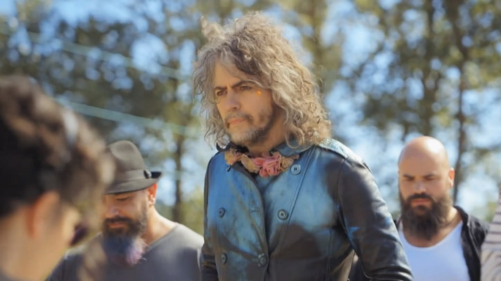 Watch Flaming Lips Split Into Warring Bands in 'Portlandia' Teaser