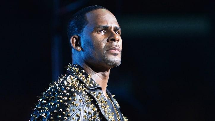 R. Kelly fait face à un nouveau scandale de mœurs...Plusieurs accusations contre l'artiste!