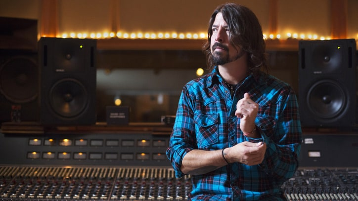Foo Fighters, Weezer, Cage the Elephant: Fighting for the Future of Rock