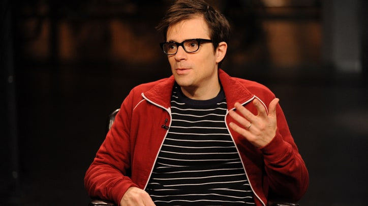 Weezer Fanatic Drops $25,000 to Birdwatch With Rivers Cuomo