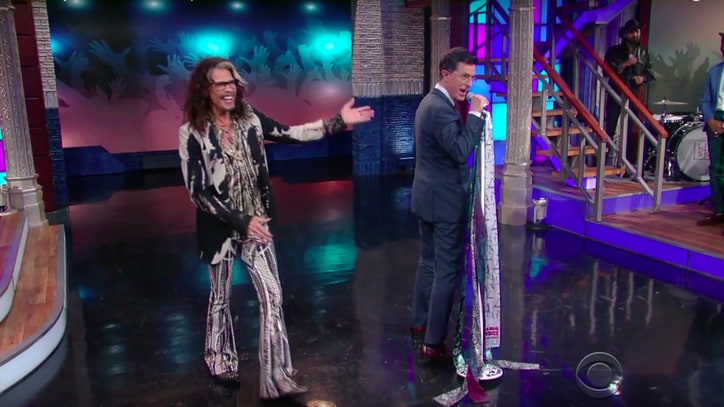 Watch Steven Tyler Teach Stephen Colbert Microphone Stand Technique