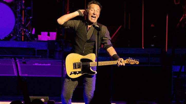 Bruce Springsteen Offers Free Download of Chicago 'River' Gig