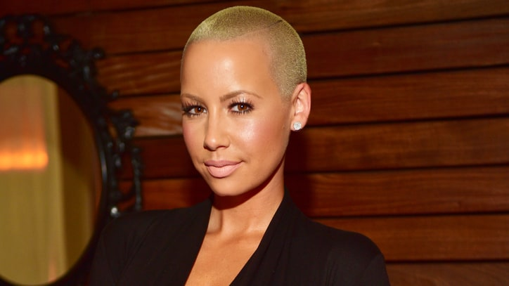 Amber Rose Wants to Form a WWE Tag Team