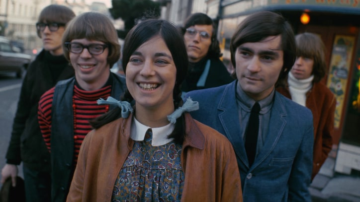 Signe Anderson, Original Jefferson Airplane Singer, Dead at 74