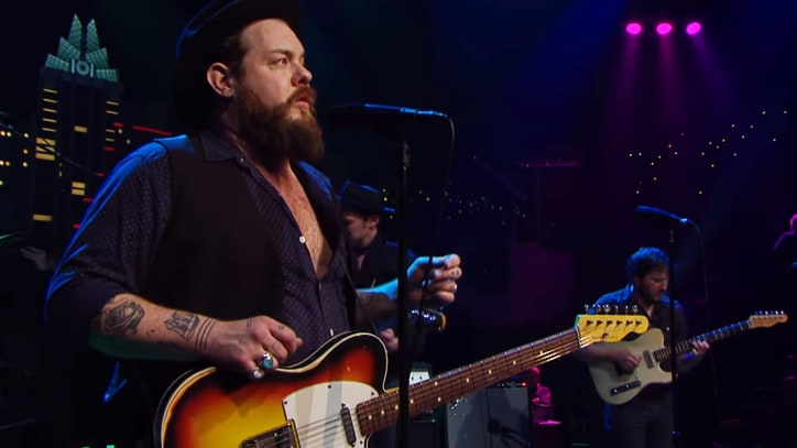 Watch Nathaniel Rateliff Tear Through 'Shake' on 'Austin City Limits'