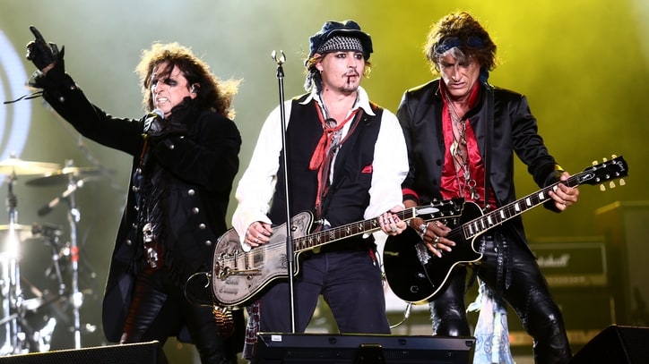 Alice Cooper Talks Hollywood Vampires' Grammys Gig, Lemmy Tribute