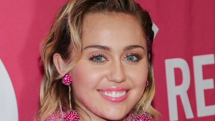 Miley Cyrus Joins 'The Voice'