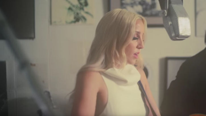 See Ashley Monroe's Soothing 'From Time to Time' at Sun Studio