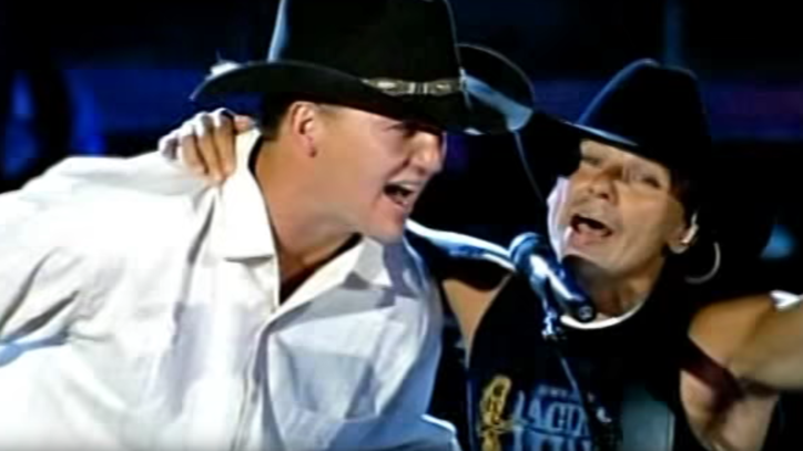 Flashback: See Peyton Manning Duet With Kenny Chesney