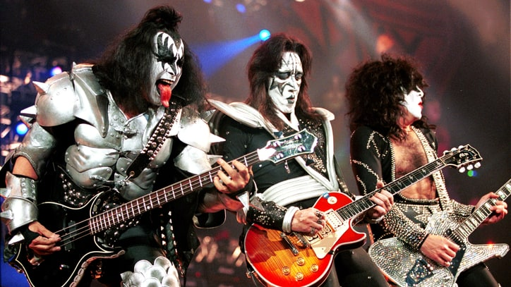 Flashback: Kiss Play Their Final Classic-Lineup Show