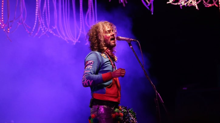 Watch Flaming Lips' Eight-Song Tribute to David Bowie