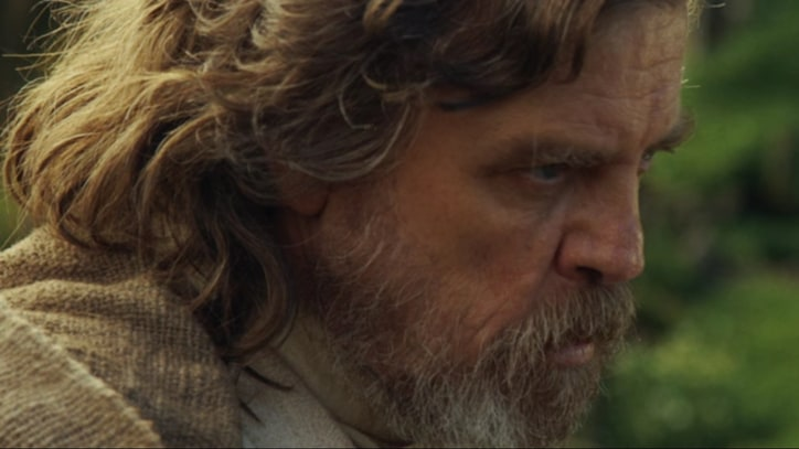 'Star Wars: Episode VIII' Unveils Luke Skywalker Teaser, Adds Cast Members