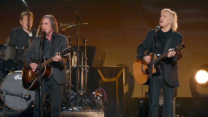 Eagles Members, Jackson Browne Lead Stirring Grammy Tribute to Glenn Frey