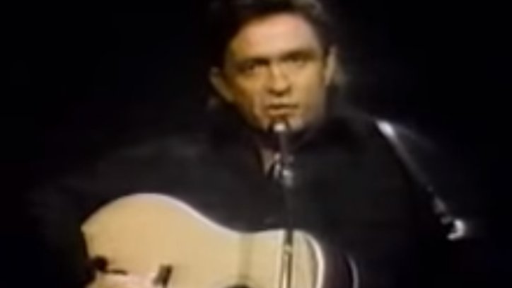 Flashback: See Johnny Cash's Style-Defining 'Man in Black' in 1971